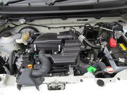 R6A型DOHCエンジンは49PSを発揮(カタログ値)