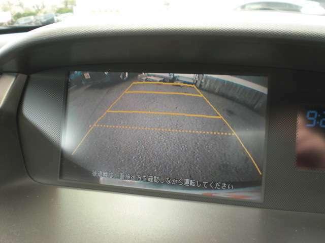 純正HDDナビ。バックカメラもついてます。