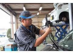 独自の品質基準に基づく安心車輌の厳選取扱!第三者機関(AIS)による検査評価書を全車輌取得。納車前には、必ず法定点検整備。