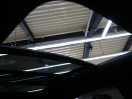 ◆解放感溢れる【サンルーフ】☆車内には爽やかな風や太陽の穏やかな光が差し込みます☆