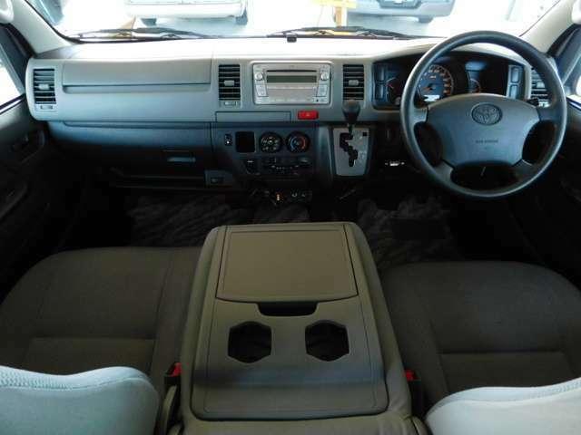 4速オートマ Wエアバック ABS ETC ベンチシート LEDヘッドライト