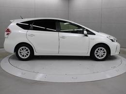快適温熱シート(運転席・助手席)やスーパーUV・IRカットグリーンガラス(フロントドア/撥水機能付)を設定するなど、魅力的な仕様としています。