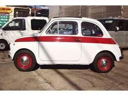 右ハンドル車も大変珍しいですが国内仕様であった事が確認出来る車輌はもっと珍しいです