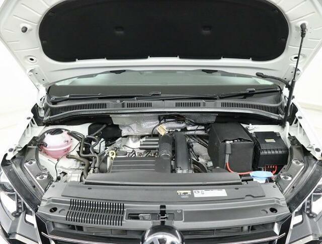 ★【TSIモデル】ターボ付き直噴ガソリンエンジンは、排気量のダウンサイジングにて、CO2の排出削減。排気量を下げて出力低下をターボにて空気量を上げ高効率燃焼。そして、高出力、低燃費を実現。