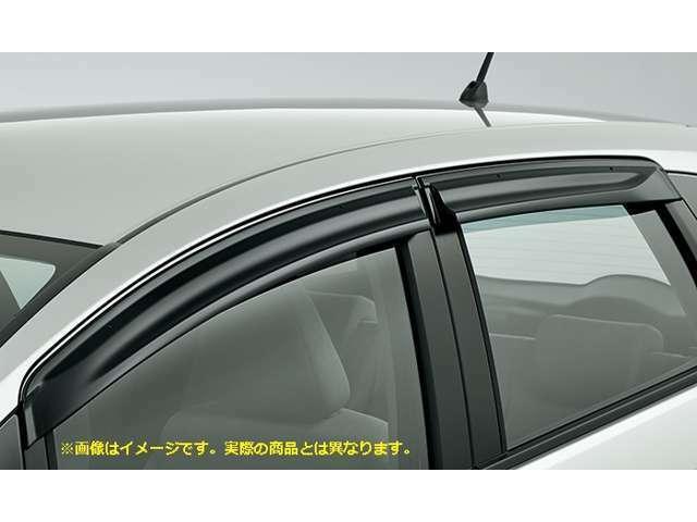 Bプラン画像:ドアバイザーが有れば雨の日も気にせず窓を開けれます!車の換気に最適!