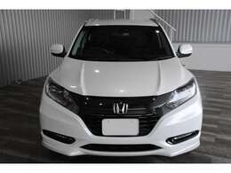 LEDオートライト・LEDフォグ・オートエアコン・黒合皮レザーシート・シートヒーター・パワーシート・純正17インチAW付です。