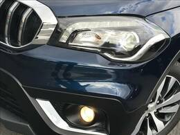 LEDヘッドを装備しておりますので、暗い道でも安全走行できます。