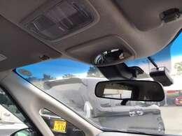 Hondaセンシング!追突軽減ブレーキ ミリ波レーダーのアダプティブクルーズコントロール 車線維持支援システム等の、より高い安心と快適の安全運転支援システムを装備しています。