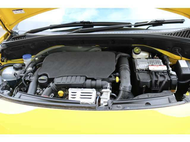 1.2LPure Tech3気筒ターボエンジンを搭載しています。