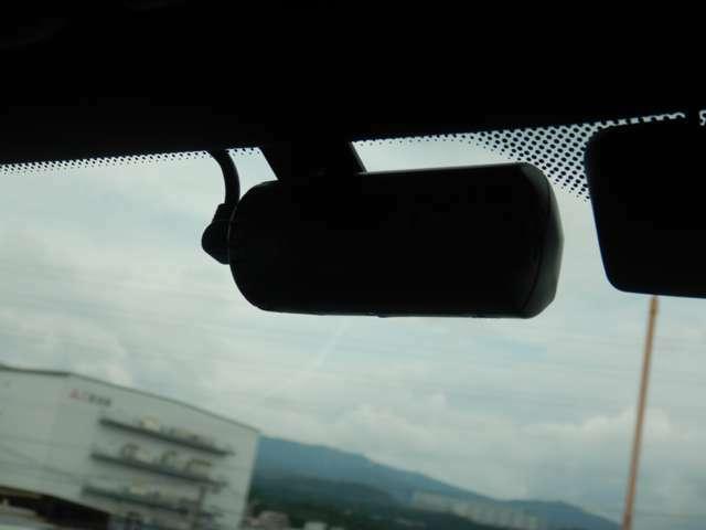 ユピテル製レーダー探知機連動型ドライブレコーダー装着済み!