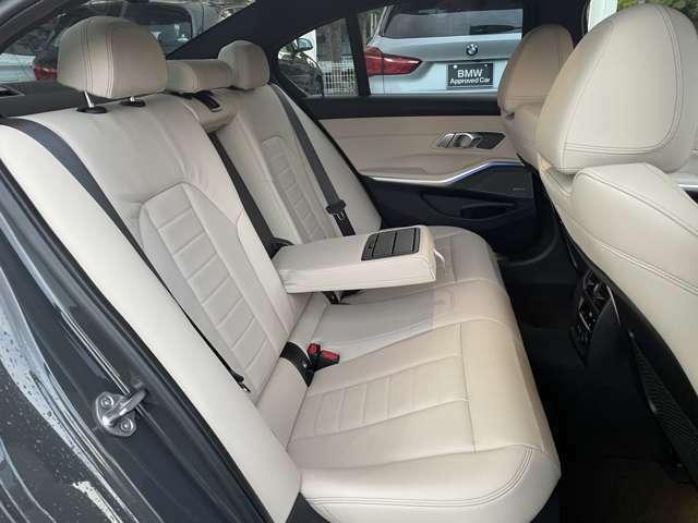 【エアバック】BMWのエアバックやその他の安全装備は、互いに補完しあう事で徹底した安全性を貫きます。万一の事故の際にそれぞれ最適な保護を提供してくれます!