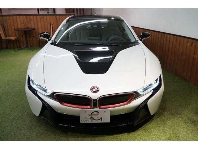 BMW唯一のプラグインハイブリッドスポーツカー!!お気軽にお問合せ下さい→03(5432)7666