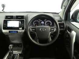ドライバー目線の画像です。視界も確保されて、ドライバー空間も広々としているので、見やすいですよ。