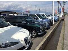 軽自動車、コンパクトカー、ミニバン、商用車、また展示場に無いお車もお探しします。ご相談下さい。
