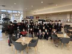 店内には新車を展示しております! 間近で見てホンダ車の魅力を感じて下さいね!