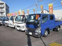 大型トラックも多数在庫しておりますのでお気軽にご来店ください。
