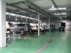■本社整備工場■ここで大切なお車をしっかりメンテナンス!!
