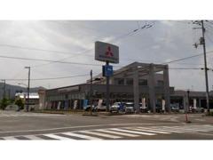 高知三菱自動車高知本店は高知桟橋郵便局の近くにございます。