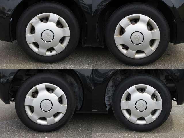 純正鉄ホイールが装着されています。タイヤブランドは、ブリヂストンです。タイヤサイズは、175/70R14です。残り溝はフロントが6mm、リアが6mmです。