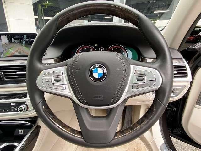 全てのBMWモデルは、「乗って単純に楽しい」という最も根源的な自動車の趣味性を体現、車好きの心を捉えて離しません。