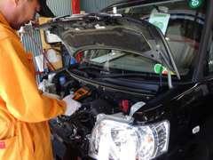 自動車の点検・修理・車検も私たちにお任せ下さい!