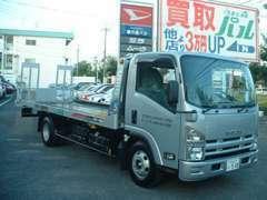 自社積載車完備で引き取り&納車も安心です!!代車16台完備(軽、普通車、バン各種ご用意してます)