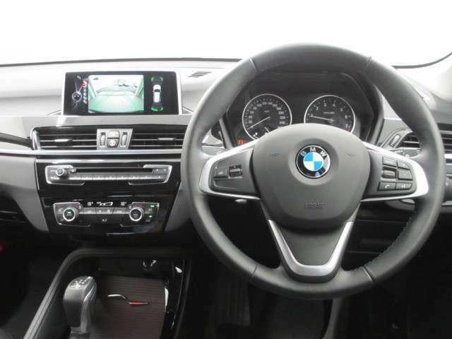 BMW自動車保険ローンプラン…オートローンと自動車保険をセットにして、毎年のご継続手続きの手間を省き、毎月の固定費が分かり易くなる便利な長期保険専用のオリジナルローンプログラムをご用意。
