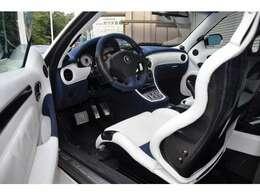 専用インテリア (ホワイト&ブルー)カーボンバケットシート  カーボンインテリア