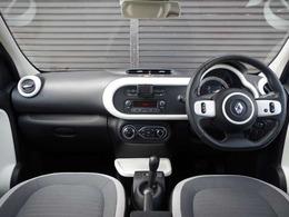 当社の最長5年保証付き・ー保証継承による保証となります。当社にて車検や修理などのアフターサービスの対応が可能となっております。保証の年数は車種により異なりますのでスタッフにお伺いください。
