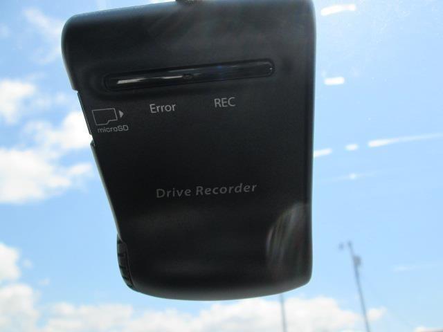 ドライブレコーダーも装備されています!
