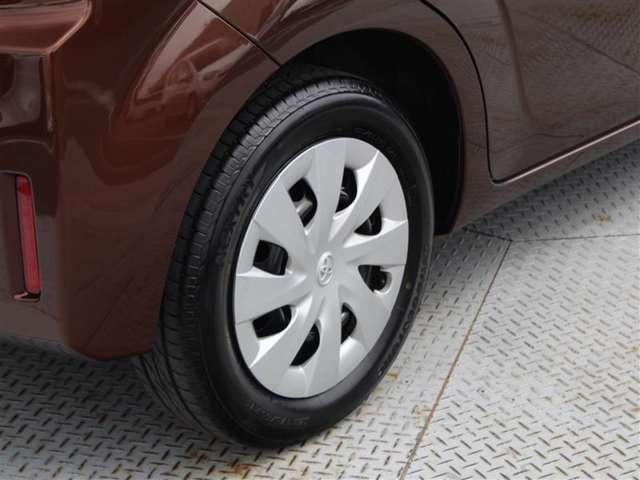 タイヤサイズは175/65R15!残り溝は5ミリ程度です!