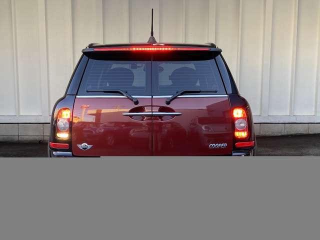 ご遠方の方でも、車両下取りの概算をお出しできます。車検証をお手元に、走行距離をご確認の上お問い合わせください。