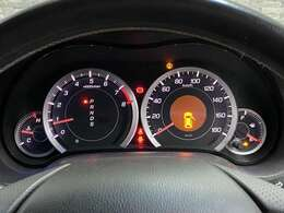 とても見やすいスピードメーターです。