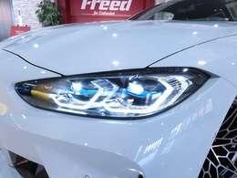 ●ヘッドライト(アダプティブLEDヘッドライト、BMWレーザー、LEDフロント・ターン・インジケータ、ハイビーム・アシスタント、LEDデイタイム・ランニング・ライト、LEDコーナリング・ライト)