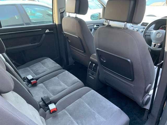 後部座席が広く、ご家族様のご使用にもお勧めです。