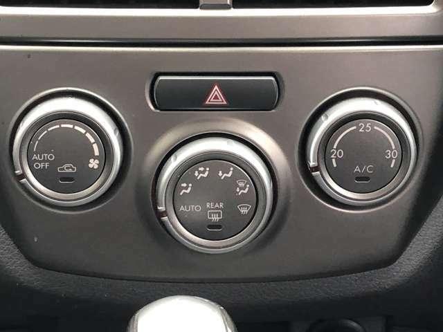 マニュアルオートエアコン☆ひねるだけで温度設定可能♪ワンタッチでオートモードにもなりますので便利となっております♪