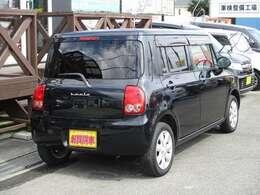 【装備】4WD・ダブルエアバック・ABS・スマートキー・プッシュスタート・CDオーディオ・シートヒーター・ベンチシート・ウィンカーミラー・アルミホイール