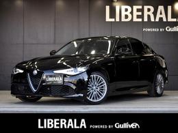 アルファ ロメオ ジュリア ヴェローチェ 4WD CarPlay ACC h/k 純18AW 黒革 Bカメ HID