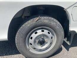 タイヤはまだまだ走れます!