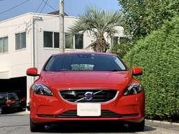 走行距離は僅か1.6万キロ代と低走行でメンテナンスもディーラーで実施されてきた良質車です。