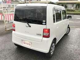 四角いボディは隅々までスペースを有効に使えるので車内が広々としています。