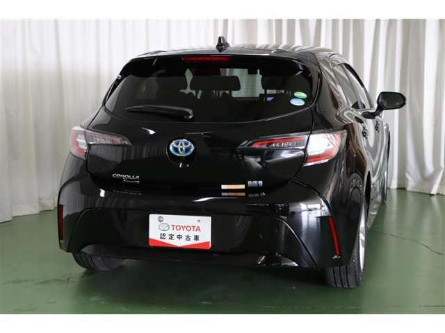 ご購入当社の経験豊かなメカニックが、納車前に法定点検整備を行います。安全安心の中古車にお乗りいただけます。後のアフターメンテナンスもお任せください。