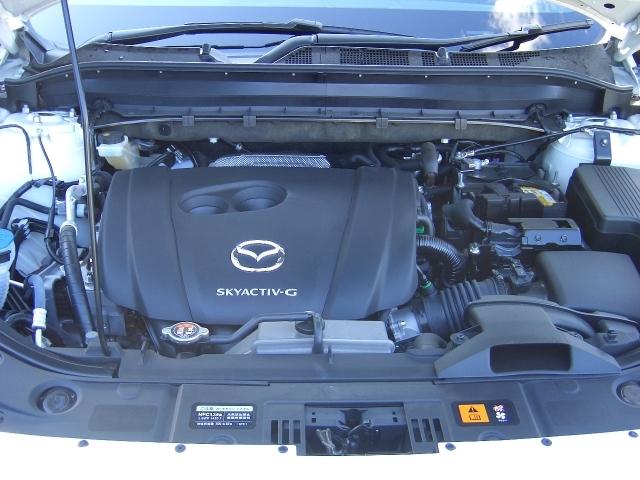 無駄な燃料消費を抑制する アイドリングストップ機能付きガソリンエンジン