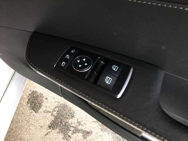 【試乗して乗り比べて下さい!】LIBERALA(リベラーラ)西宮スタッフ一同、各メーカーの運転のフィーリングを比較検討下さい。