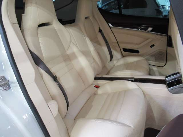 ◆後部座席◆リアシートヒーター◆