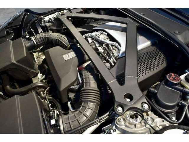 4.0L V8ツインターボ、510PS 685Nmのエンジンを搭載軽快かつパワフルな走りを存分にお楽しみください
