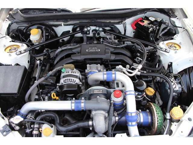 HKSスーパーチャージャーが目立つエンジンルームもピカピカです♪前オーナー様が大切にされていた感じが漂うAuto Garage Shoken【オススメ】の1台です!