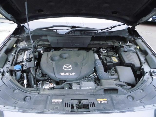 220CCスカイアクティブD・ディーゼルターボエンジンが搭載されています。