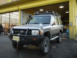 トヨタ ランドクルーザー70 4.0 4WD ARB