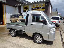 4WDのハイゼットトラックジャンボ!!